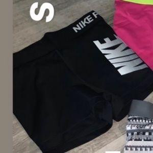 Small Nike pro shorts